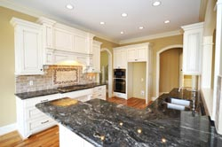 Black Granite kitchen white cabinets - Toronto, ON MD Kitchen and Bath of Toronto